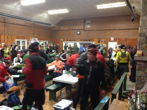 LSM 100K racers getting ready for a day on the trails