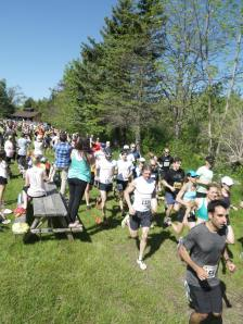 Off we go (photo credit: Peter Niit - http://hobune.tumblr.com/post/87430437291/5-peaks-ontario-race-1-terra-cotta)